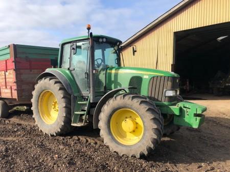 John Deere traktor, Model: 6920 S