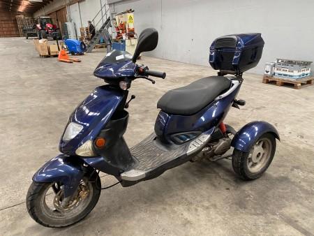 PGO 3 hjulet scooter, model: Dr. Big