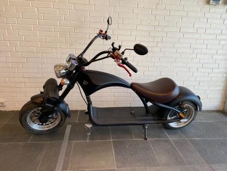 EEC El-scooter, model: M1