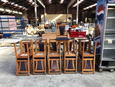 11 Stk. Stühle aus Kiefer