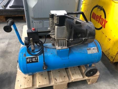Kompressor, mærke: Ferrua Sistemblock, model: AL210-E/40 HP.2