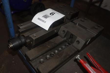2 pcs. machine vice
