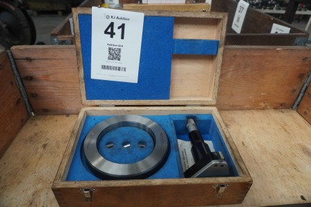 Inside 3 point micrometer, Brand: Bowers