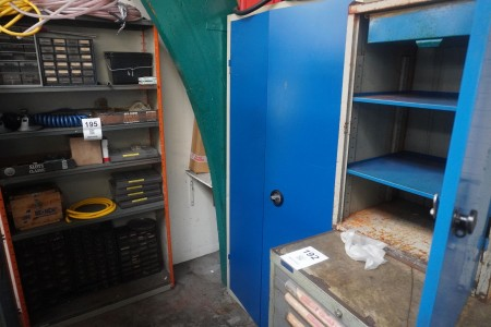 Tool cabinet with contents, Brand: Blika