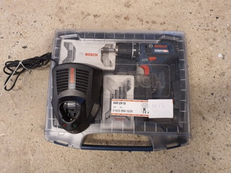 Akku skruemaskine sæt, Mærke: Bosch, model: GSR 12v-15