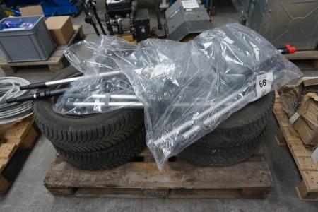 4 stk. dæk med fælge, mærke: Michelin + 2 affaldsopsamler