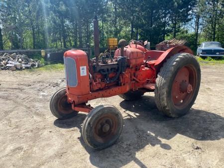 Traktor; Mærke: Nuffield, Model: pn4