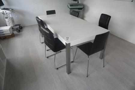 Spisebord med 6 stk. stole