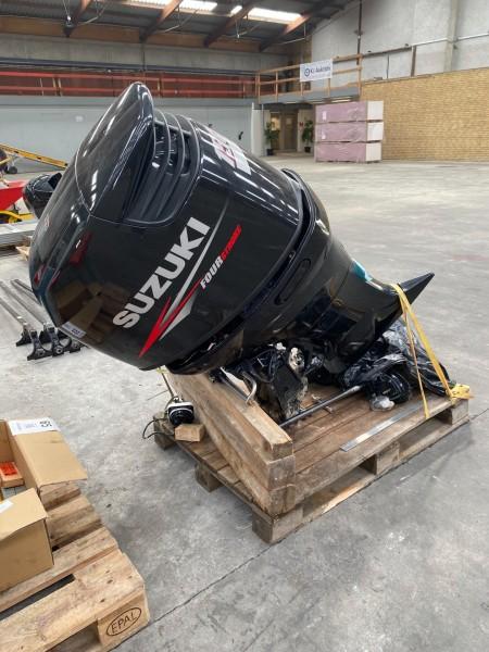 Suzuki bådmotor, model: Fourstroke. 150HK