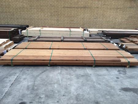 Hjørnelister eller facadelister, mærke: Saga Wood