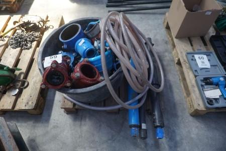Parti fittings i metal + 3 stk. hydralik cylindere mm.