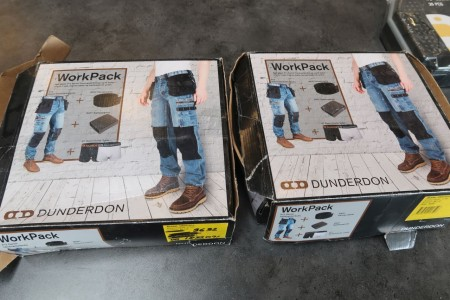 2 sæt arbejdsbukser med bælte og boxershorts