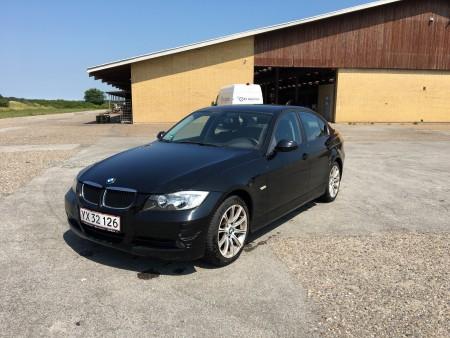 BMW 3er serie, 320i. Tidligere regnr.: YX32126