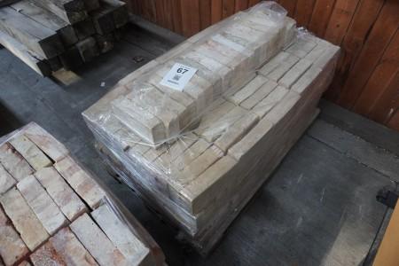 Ca. 415 gamle mursten
