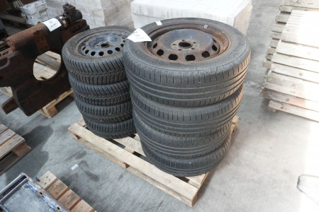 8 stk. stålfælge med dæk