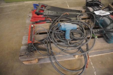 Palle med diverse værktøj